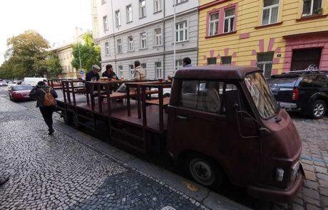 Prag, Hostinec U tunelu